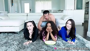 Foursome Hardcore Interracial Blowjob Doggystyle