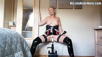 Fucking Machines Stockings Dildo MILF