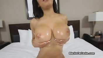 Algerian Teen Interracial Blowjob