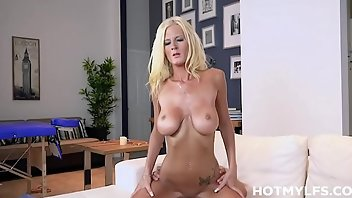 Saggy Tits Blonde MILF Blowjob