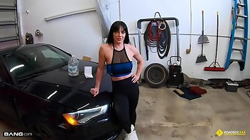 Muscle Pornstar Blowjob Doggystyle POV
